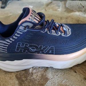HOKA ONE ONE Women's Bondi 6 Road-Running Shoes Bl